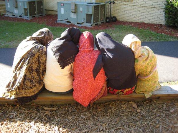 five-hijabis