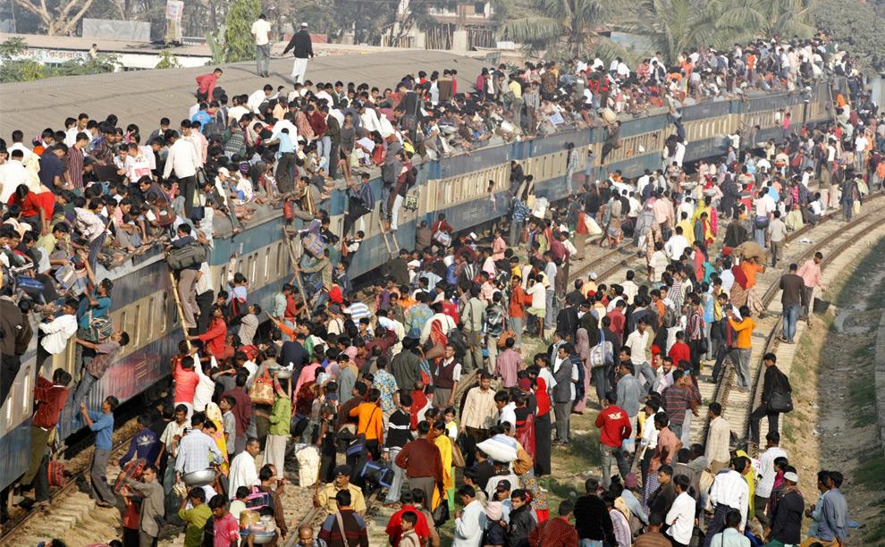 going-home-for-eid-dhaka