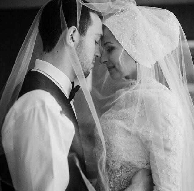 bride and groom10885144_10152324308582824_1371284612724457958_n