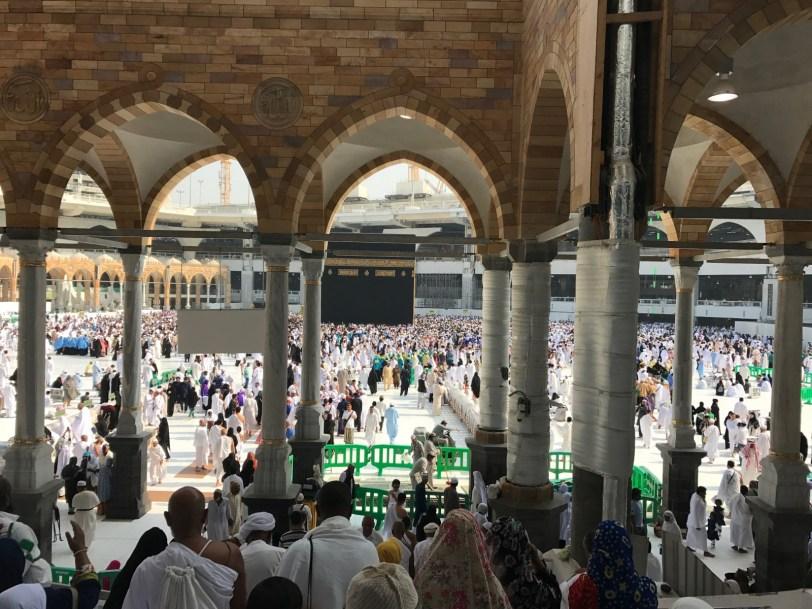 Masjid-Al-Haram-Terrace-Overlooking-Kaaba-in-Mecca