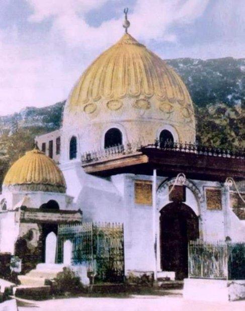 khadija mausoleum74464551_2508016405900846_8744181397473722368_n
